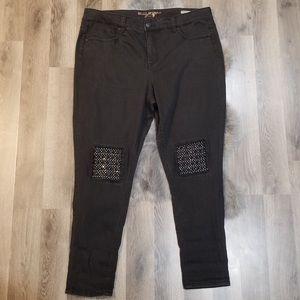 7 Melissa McCartney black skinny jeans size 20W